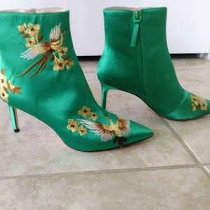 Zara Green Satin Ankle Boots w flower embroidery